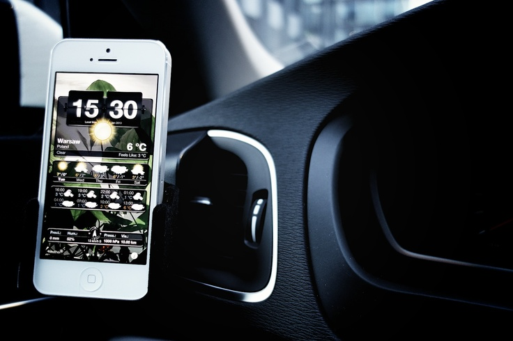 My Volvo V40 | iPhone holder