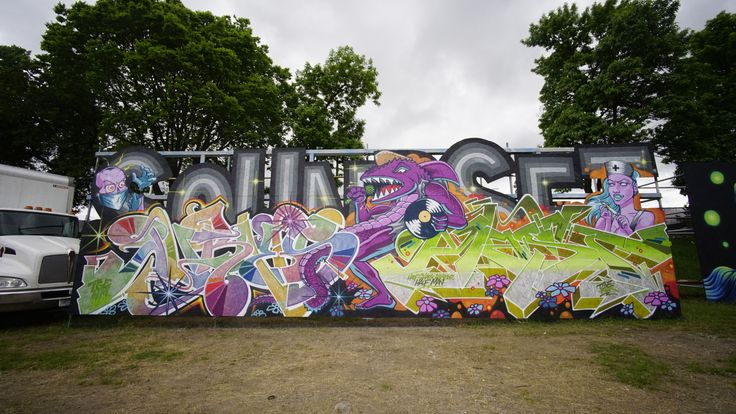 A group of talented graffiti writers and artists laid down the live paint at Soundset 2017, an independent Hip Hop festival in Minneapolis.