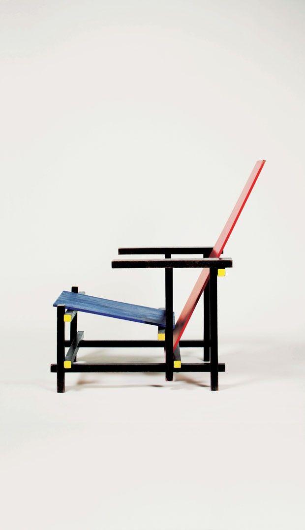 Esta cadeira foi inspirada no De Stijl – movimento artístico surgido na Holanda em 1917, que pregava o abstracionismo geométrico. Sendo Mondrian o mais conhecido dos artistas no Stijl.