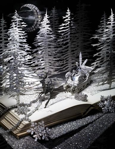 """The Snow Queen"" book sculpture by Su Blackwell"