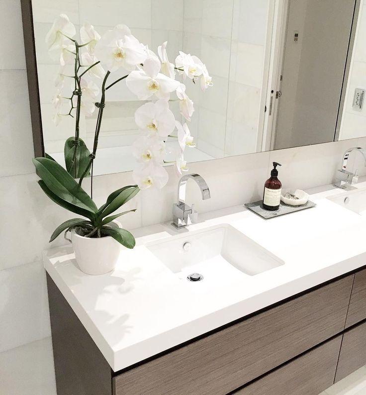 Custom vanity details in the ensuite at #marchtwiceincremorne #bathroom 🌿💦