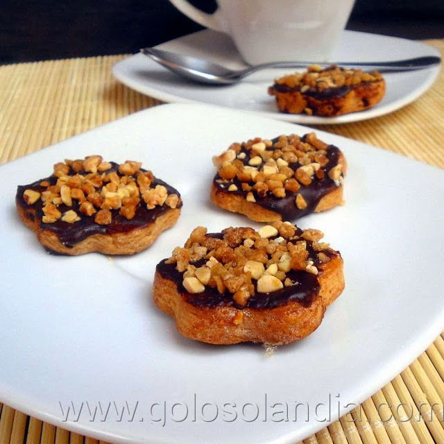 Golosolandia: Recetas de postres (tartas  caseras y postres caseros): Galletas caseras de almendra y chocolate