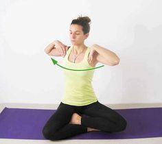 Para relajar tu cuerpo estos ejercicios de yoga te ayudarán.  Los giros laterales activan la parte alta de tu espalda.