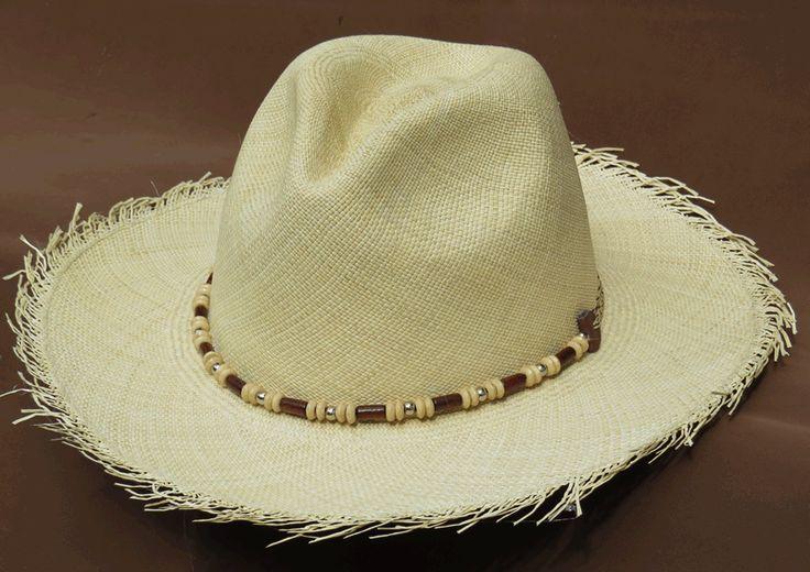 Delicadeza y frescura plasmadas en nuestro Sombrero Panama.