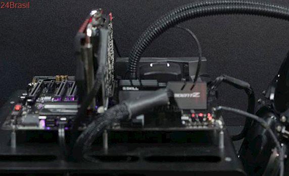 G.Skill demonstra memórias RAM Trident Z DDR4 rodando a 4800 MHz