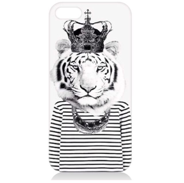 Monochrome Tiger  by Ria Siobhan available on a variety of products.   www.artrookie.co.uk