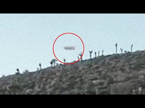 Real UFO Footage From Area 51 | Aliens in Area 51 | Latest UFO Sightings 2016 - YouTube