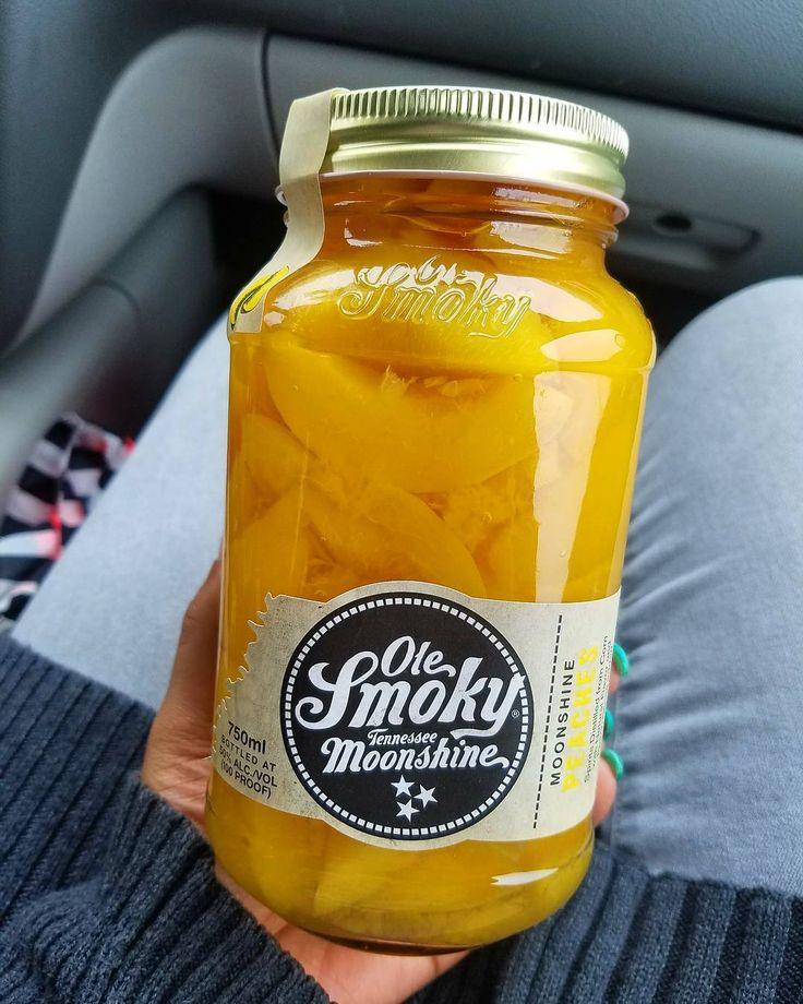 Ole smoky Tennessee moonshine @olesmoky 😍 #peach #peachmoonshine #moonshine #tennesee #olesmokymoonshine #slurp #pub #bar #liquor #yum #thirsty #igood #drinkup #masonjar #photooftheday #socialenvy #blogger #peaches #cmonlivealittle #countryliving #ridingthelightening #fruit #momlife #drunk #turnup #twisted #sweet #sweetdreamsaremadeofthese #bootlegger