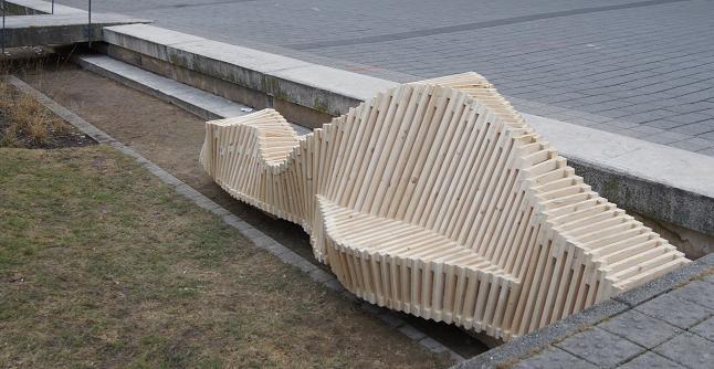 Mobilier urbain ph m re tasseau strasbourg pierre for Architecture ephemere definition