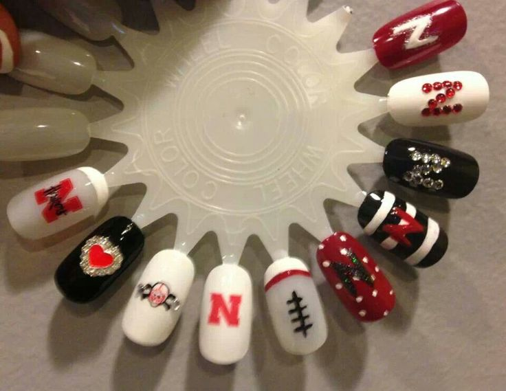 21 Best Husker Nails Images By Kari Schulz On Pinterest Nail