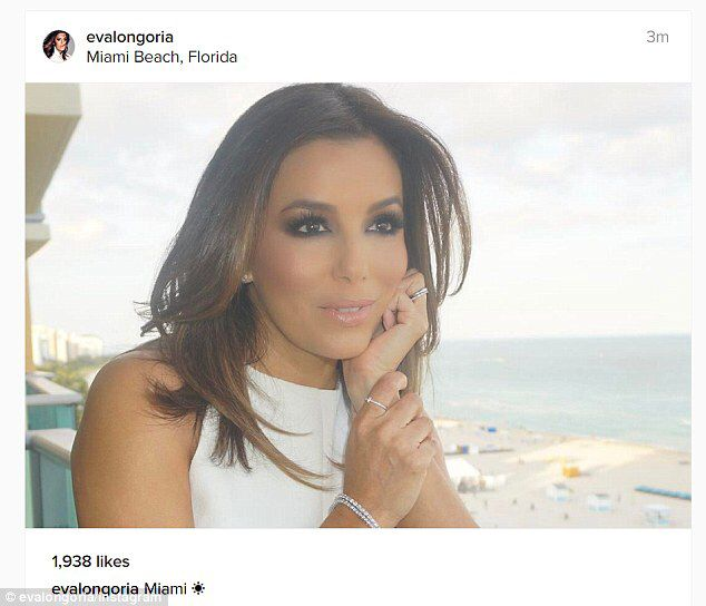 Eva Longoria shows off toned physique in white leggings #dailymail