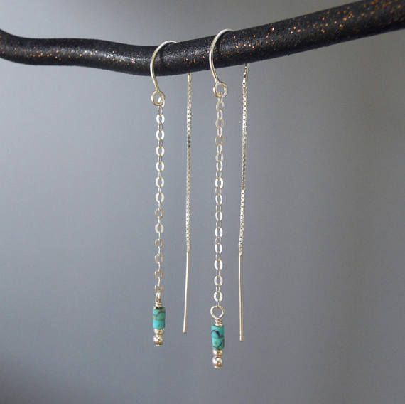 This listing is for a pair of earrings - beautiful and minimalist silver & turquoise dangling earrings. Threader earrings are made of a thin chain that goes easily through the ear hole, all the way until the middle part sits nicely in its place. This creates a beautiful dangling piece made of 2 chains - in the back and front of the ear. ◂▸◂▸◂▸◂▸◂▸◂▸◂▸◂▸◂▸◂▸◂▸◂▸◂▸◂▸◂▸◂▸◂▸◂▸◂▸◂▸◂▸ ⊹ D e t a i l s 925 Sterling Silver chains and earring components 925 Sterling Silver filled beads Tiny tur...