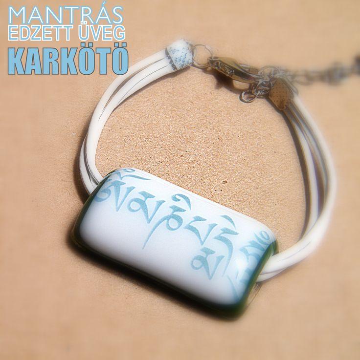 Ommanipemehung karkötő : http://www.tibetan-shop-tharjay-norbu-zangpo.hu/mantras_uveg_ekszer_158