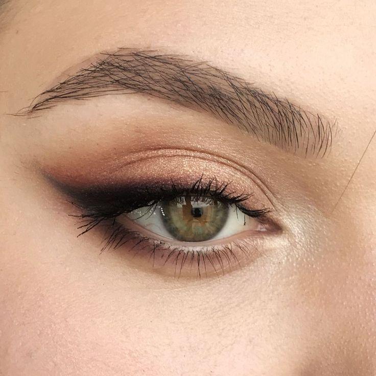 20 Hottest Smokey Eye Makeup Ideas - Fashiotopia
