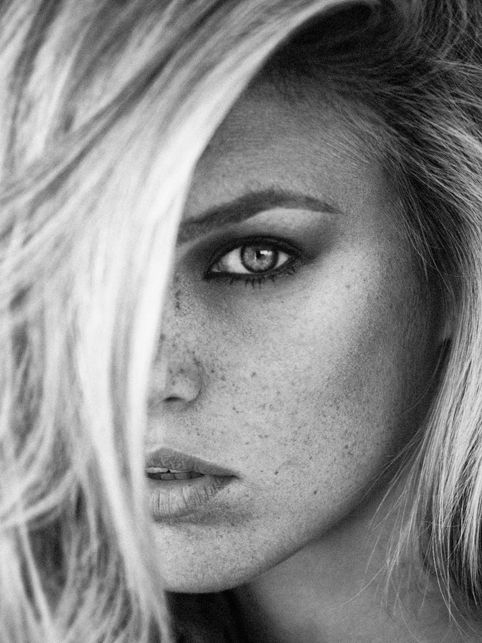 Sergi Pons • beach blonde and freckles