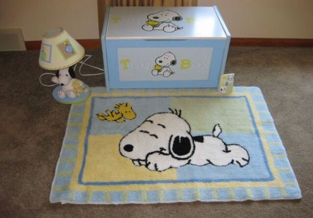 Baby Bedroom In A Box Special: Snoopy Toy Box, Lamp, And Rug...