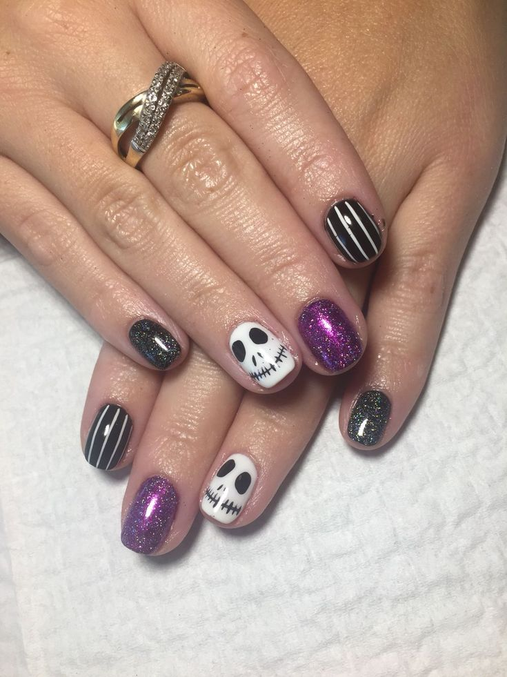 Halloween Nail Art Jack Skellington A moonlit Halloween ...