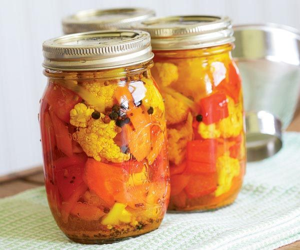 Pickled Cauliflower with Carrots & Red Bell Pepper Recipe (3 Pints with canning option)