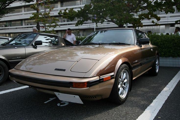 RX-7生誕30周年記念 広島『里帰り』オフ その2|サバンナRX-7/マツダ|愛車フォトギャラリー|通りすがりのSAのり|みんカラ - 車・自動車SNS(ブログ・パーツ・整備・燃費)