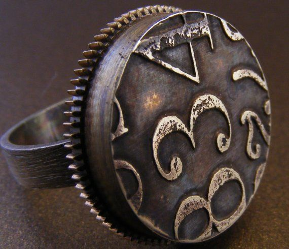 Kim O'NeillArtists Kim, Watches Gears, Etchings Brass, Numbers Rings, Brass Face, Artists Jewelry, Rings Numbers, Numbers 834, 834 Rings