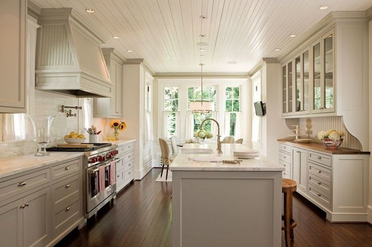 Old House: Amazing Light Gray Kitchen Design With Glossy