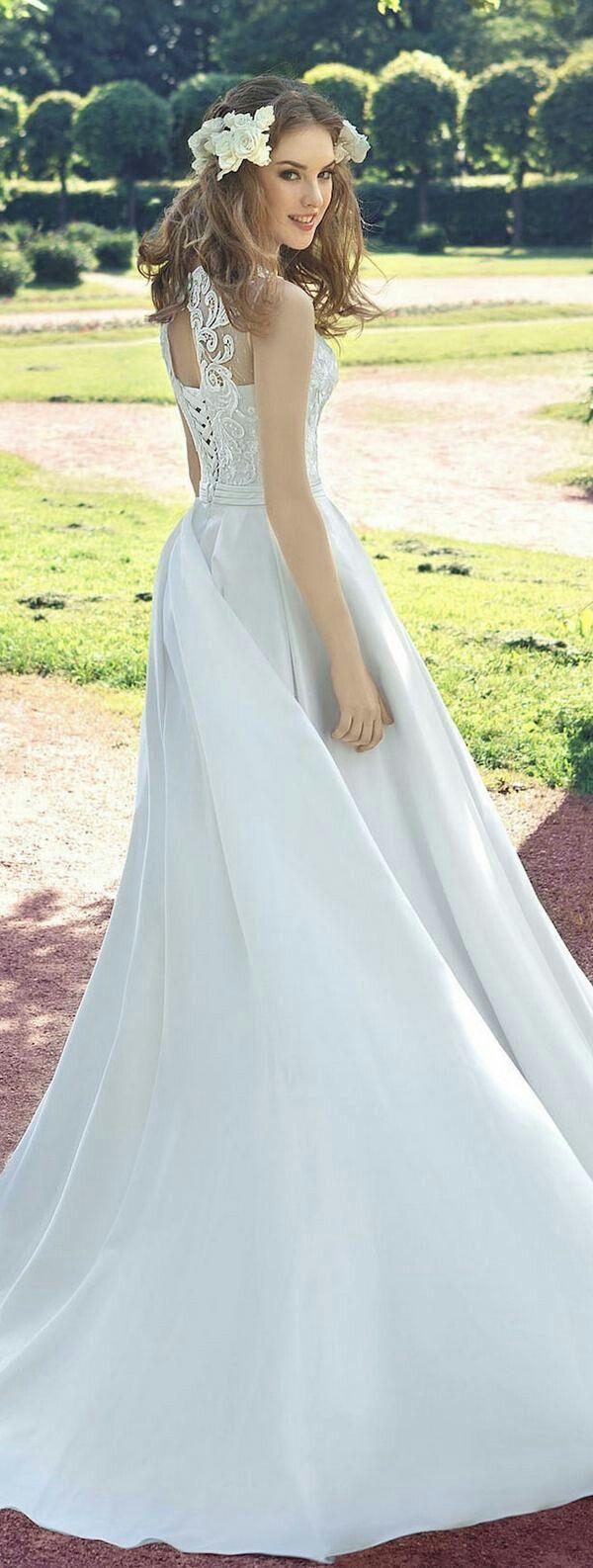 61 best Milva Wedding images on Pinterest | Wedding dressses ...