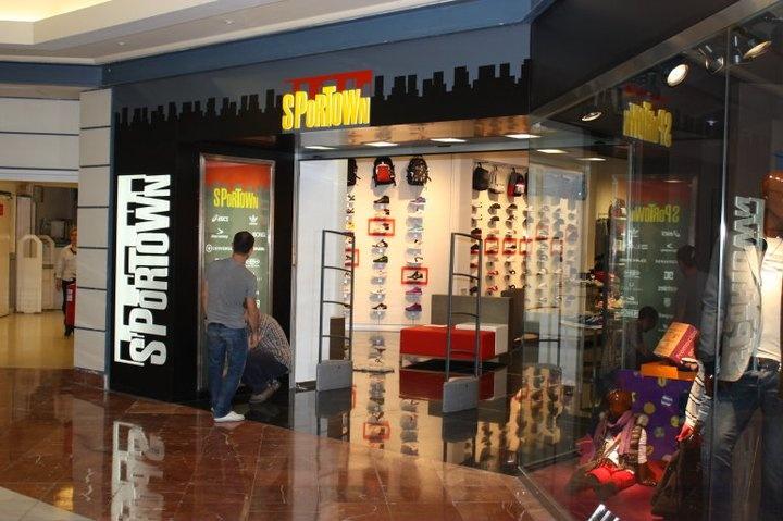Tienda @Sportown #Majadahonda #Madrid  #Compras #ropa #deporte