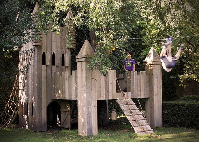 gido van zon architectuur Roosendaal | architect Roosendaal | projecten -steigerhouten kinderspeelplek