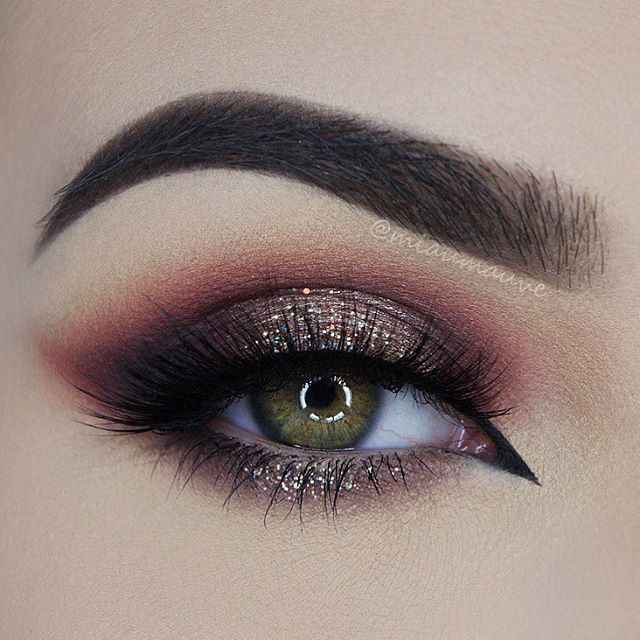 ✨ Completely mesmerised with this look by @miaumauve created  with her Flaming love palette: Flaming kisses, Brownie and Whisper! ✨ ❣ Grab yours with our Christmas sale now on with 2️⃣0️⃣% off!   Enter code: xmas15 ❣  makeupaddictioncosmetics.com ✨  #flaminglovepalette #makeupaddictioncosmetics #makeupaddictionbrushes