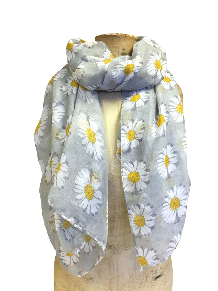 Hem&Edge daisies scarf #grey #white #yellow 100% polyester 100x200cm #daisy#springsummer #scarf #accessories #onebutton #hemandedge Click to see more products from the One Button shop.