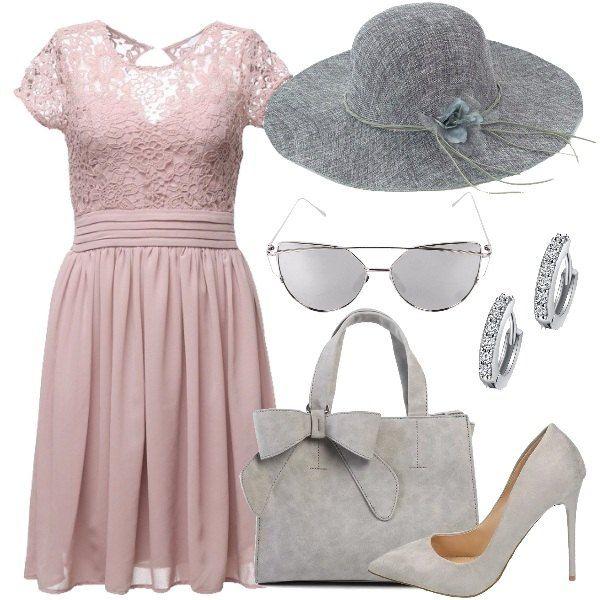 Il vestito a maniche corte è in chiffon rosa chiaro con inserto di pizzo e piccola scollatura ad oblò sulla schiena. Il cappello è grigio a tesa larga e con un fiore decorativo in tinta. La borsa a mano è anch'essa grigia, con un fiocco della stessa tonalità alla base di un manico. Le décolleté sono grigie con tacco a spillo e gli occhiali da sole con montatura in metallo e doppio ponte hanno le lenti grigie. Gli orecchini, infine, sono de...