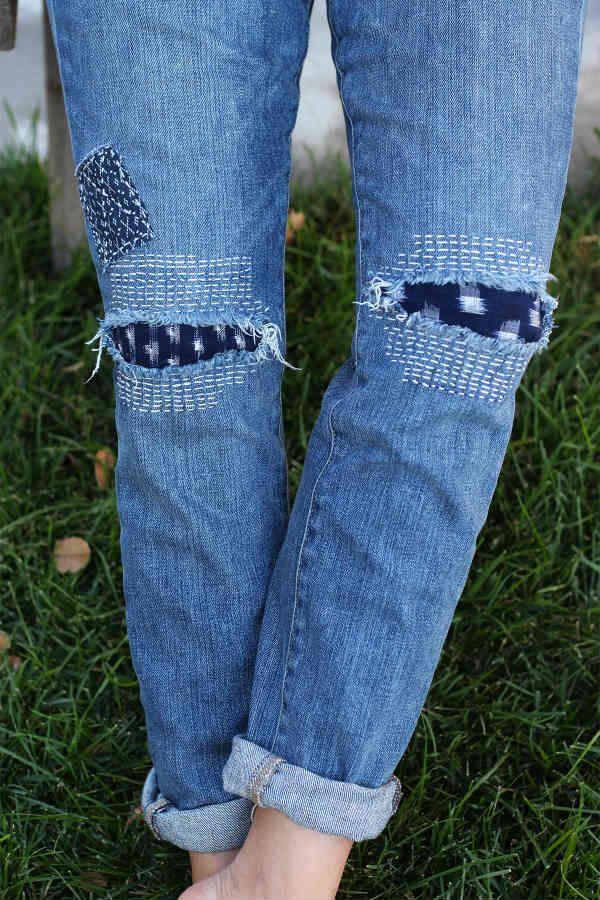 On peut très facilement repriser des jeans, notamment en suivant ce tutoriel, en essayant de camoufler l'accroc. Mais on peut aussi essayer d'être créatif et de mettre en valeur la reprise de l'accroc. Et bien sûr ces idées ne s'appliquent pas qu'aux jeans puisqu'on peut aussi coudre un petit sahoki sur un t-shirt tâché ou un appliqué sur un trou de sweat. Et je dirais même que ces idées sont tellement mignonnes, que vous n'attendrez pas forcément l'excuse d&#3...