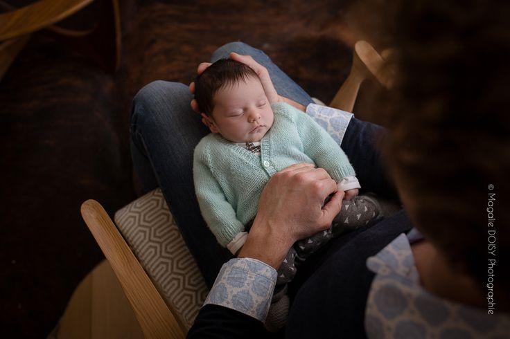 Séance photo bébé à domicile - Photographe Caen. Je vous suis dans vos projets de vie. Grossesse, naissance..., je suis photographe de famille.