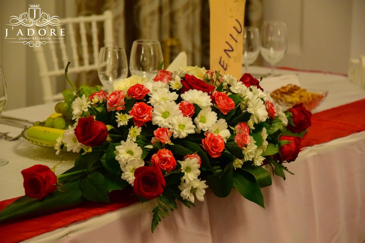 J'adore Grand Ballroom  Salonul Miracle- Living the Miracle! Adresa- strada Nitu Vasile nr. 57 Informatii, Vizionari - 0747999998 ; 0761280642 www.jadore-ballroom.ro
