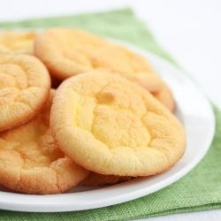Cloud Bread (low carb, gluten free bread alternative)