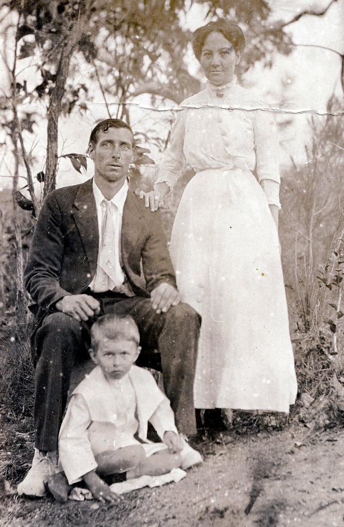 Ca. 1913 Joe and Grace FISHER with Herbert Charles COLMAN at Rossville, near Cooktown.