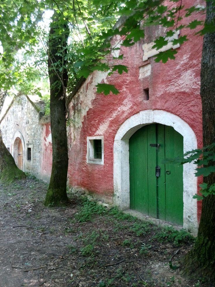 A green wine cellar door in Páty.