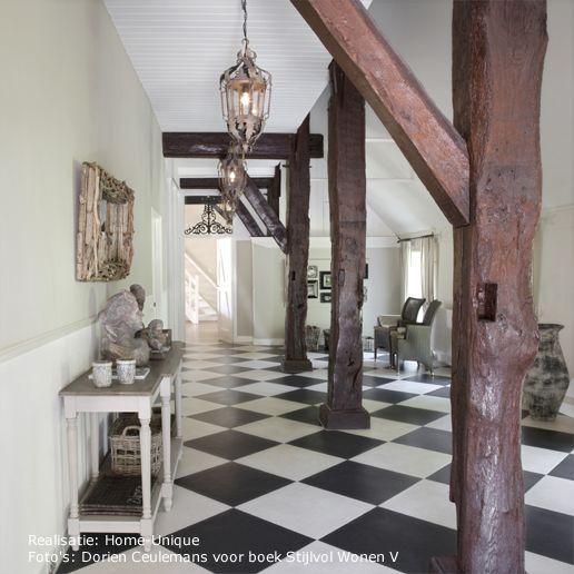 Binnenhuisarchitectuur interieurontwerp. Interiordesign /entrance.