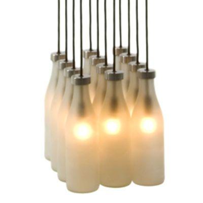 Suspension Milk Bottle - Droog Design - réutilisation de 12 bouteilles translucides pour créer un luminaire- éclairage- réutilisation- recyclage