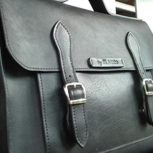 Work briefcase!! Total black!!! By el mato
