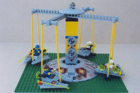 UFO Spin Ride: A LEGO® creation by Allan Smith : MOCpages.com