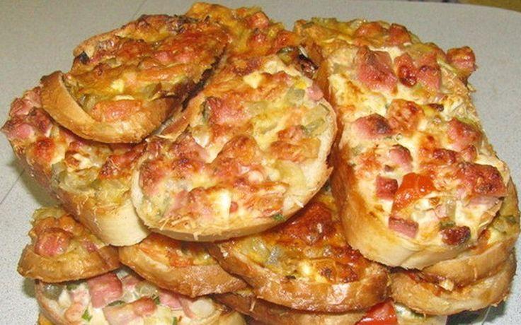 Горячие бутерброды на сковорое