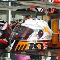 HELM-KYT-RC 7 #11 BLACK/WHITE/ORANGE https://tokohelmjakarta.com/product/helm-kyt-rc7-black-orange11-l/
