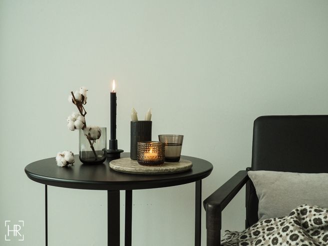 Laini sidetable winter styling