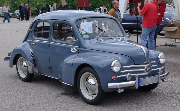 Renault_4CV_BW_1.JPG (3184×1964)