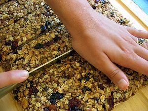 Homemade Granola Bar Recipes – Several Ways to Make Your Own Delicious and Healt…