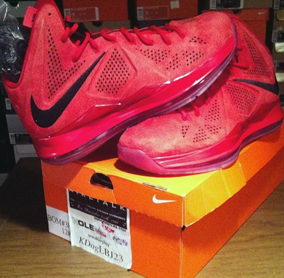 kyrie irving college nike shox tl1