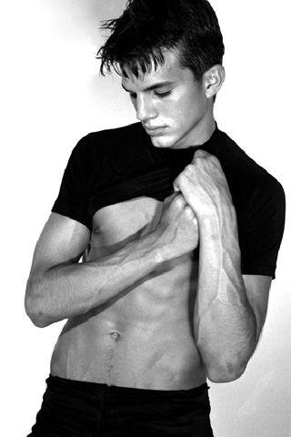 """Vintage"" Ashton Kutcher- the modeling years"