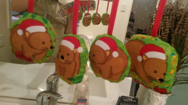 Double-sided fabric wombat ornaments