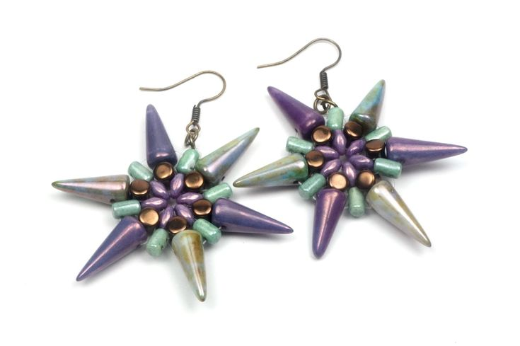 Video: how to make these earrings with spikes, superduos, rullas, etc. Or...what to do with a handful of these shaped beads. EASY to follow & Fast. #Seed #Bead #Tutorials